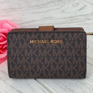 ❤️Michael Kors Jet Set Bifold Zip Coin Wallet